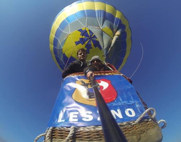 W życiu Denisa Dawidziuka baloniarstwo zajmuje bardzo ważne miejsce. Pasją do tego sportu zaraził go ojciec, który od wielu lat jest etatowym reprezentantem Polski.