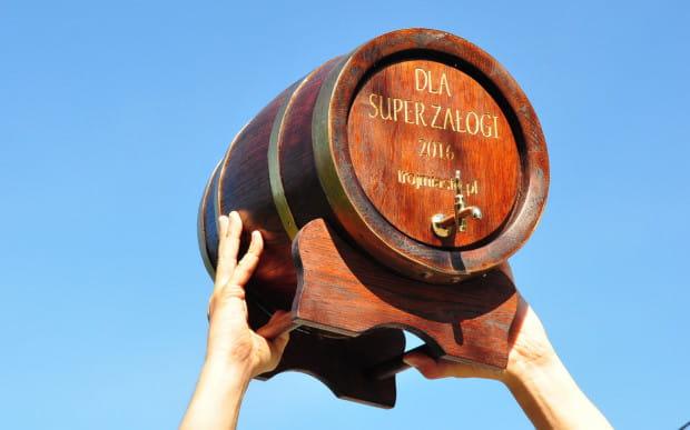 Jak co roku podczas imprezy integracyjnej odbędzie się konkurs dla załóg. Zwycięzcy otrzymają 10-litrową beczkę rumu od naszej redakcji.