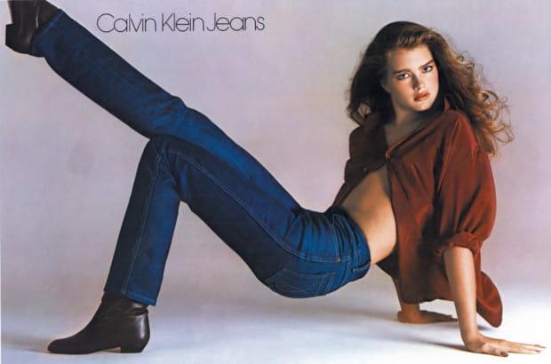 """Jedno z najsłynniejszych haseł reklamowych """"Czy wiesz, co jest pomiędzy mną, a moimi Calvinami? Nic"""" wywołało prawdziwą burzę w 1980 roku."""