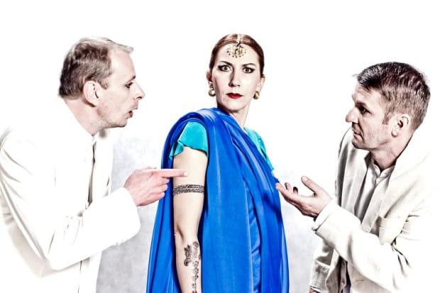 """Premiera """"Komedii omyłek"""" Williama Szekspira w reżyserii Tadeusza Bradeckiego zainauguruje tegoroczną Scenę Letnią w Orłowie."""