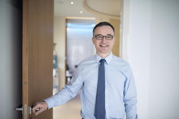 - Laser Mona Lisa Touch jest główną metodą leczenia zaburzeń okołomenopauzalnych związanych z atrofią pochwy - mówi Piotr Mielcarek, nauczyciel akademicki i ginekolog z wieloletnim doświadczeniem klinicznym z Gabinetu Intermed w Gdańsku.