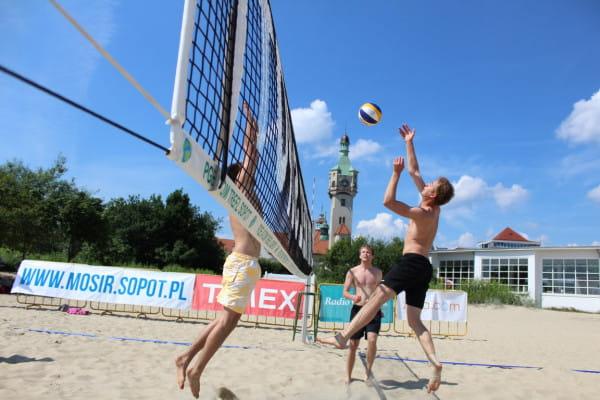 Na trójmiejskich plażach przez cały lipiec regularnie odbywać się będą siatkarskie turnieje.