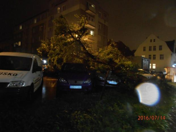 Skutki ulewy i silnego wiatru w Trójmieście.