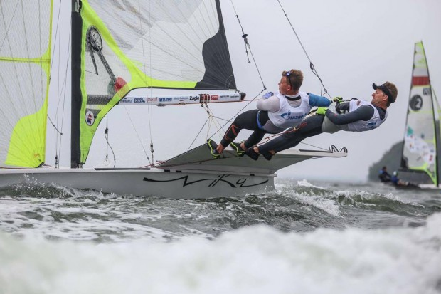 Pogoda nie była do końca łaskawa dla uczestników szóstej edycji 49er Grand Prix Gdynia. W niedzielę na wodzie panowała całkowita flauta.