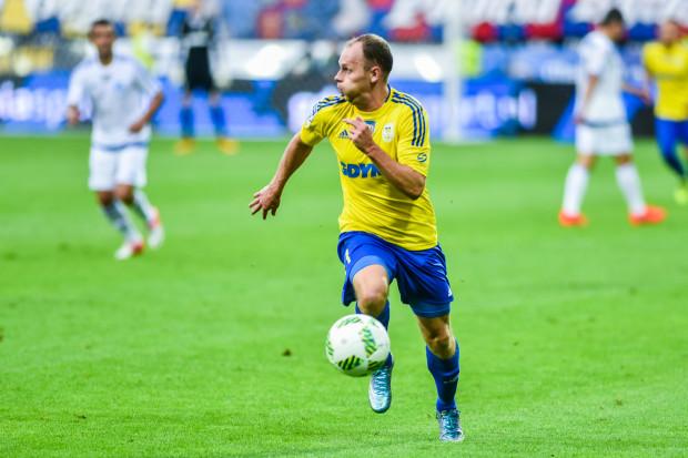 Rafał Siemaszko zagrał w piątek 50. mecz w barwach Arki, strzelił dla niej pierwszego gola w ekstraklasie, który dla klubu był 350. na tym szczeblu rozgrywek.