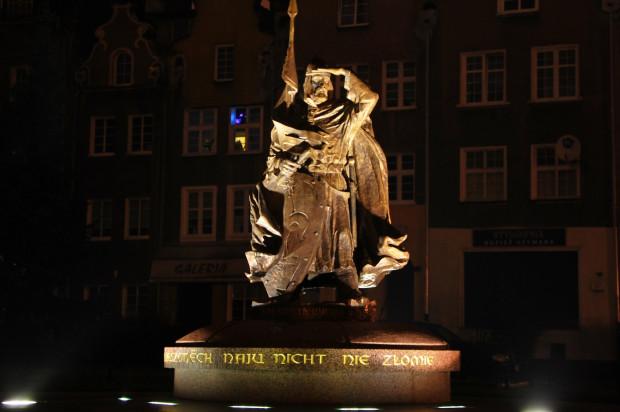 Pomnik Świętopełka II Wielkiego na Głównym Mieście w Gdańsku.