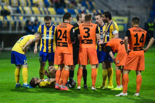 Ostatni raz mecz Arka - Zagłębie w Gdyni odbył się jeszcze na zapleczu ekstraklasy. Padł tylko jeden gol, ale gorących sytuacji nie brakowało.