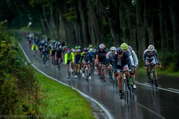 Tegoroczna edycja Cyklo Gdynia odbyła się w deszczowej aurze. Nie przeszkodziło to jednak ponad 600 uczestnikom dotrzeć na metę jednego z dwóch wyścigów.