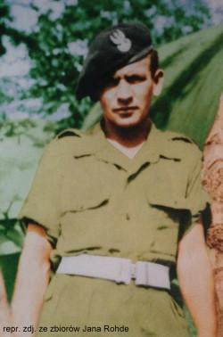Jan Rohde pod koniec wojny trafił do 2. Korpusu Polskiego.