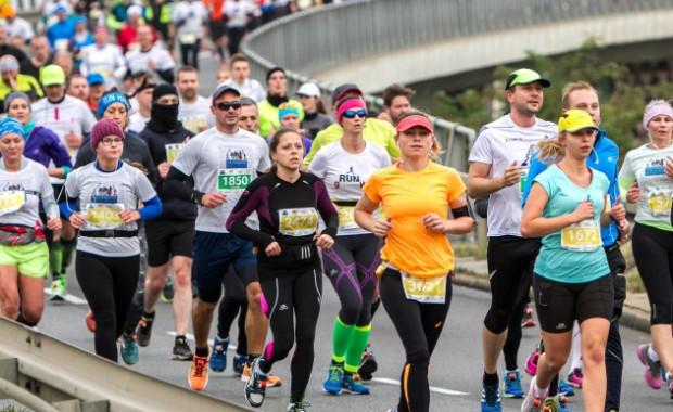 Ok. 5 tys. biegaczy ma wystartować w niedzielnym półmaratonie w Gdańsku.