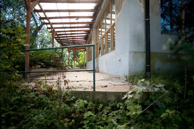 Jednak z historii dotyczy lokalu Zorba, który znajdował się w miejscu późniejszego, legendarnego Maxima (który od lat stoi opuszczony).