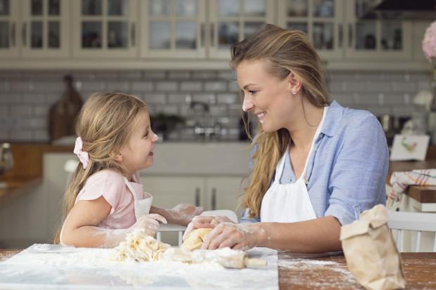 Po dwóch latach Zosia Cudny wydała kolejną książkę, tym razem poświęconą gotowaniu z dziećmi.
