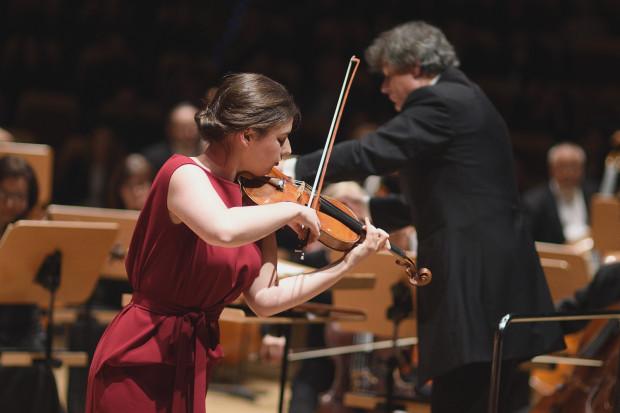 W wykonaniu Marii Włoszczowskiej, zdobywczyni VI nagrody na Konkursie Wieniawskiego, wysłuchaliśmy  Koncertu skrzypcowego  D- dur op. 77 J. Brahmsa.