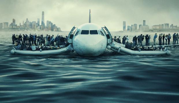 """Sposobem realizacji i narracji """"Sully"""" jest małą retrospekcją do kina lat 90. ubiegłego wieku, kiedy to zresztą talent reżyserski Eastwooda rozkwitł na dobre. Znakiem czasu są z kolei rewelacyjnie skręcone sceny lotu i lądowania samolotu na rzece Hudson."""