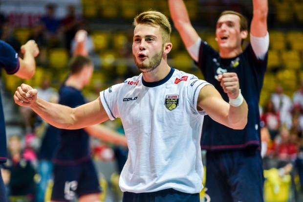 19-letni Fabian Majcherski świetnie wszedł do PlusLigi. Pokazuje tym samym, że Lotos Trefl może mieć w przyszłości z niego pożytek.