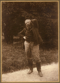 Józef Chełmoński. Zdjęcie wykonane w Woli Pękoszewskiej, ok. 1898 r. Ze zbiorów Pałacu w Radziejowie.