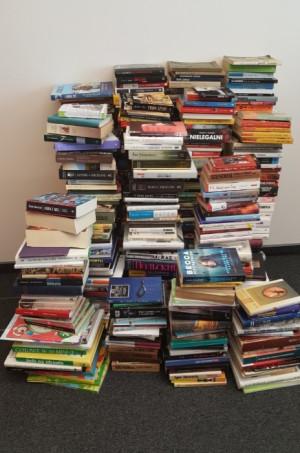Gdańska Spółdzielnia Socjalna chce z czasem poszerzać księgozbiór Mobilnej Biblioteki - na razie do wyboru jest ok. 750 pozycji