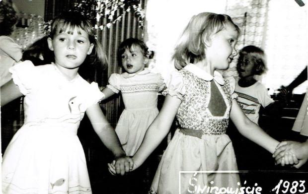 """""""Miałam cztery lata i zobaczyłam dziewczynki, które przygotowywały się do pokazu tanecznego. Miały kolorowe stroje z ozdobnymi kamieniami, wtedy wydawały mi się one takie piękne. Bardzo chciałam mieć taki sam strój, więc mama zapisała mnie na zajęcia z tańca towarzyskiego."""""""
