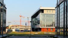 Budynki Uniwersytetu Gdańskiego w Oliwie zaczynają tworzyć małe miasteczko akademickie.