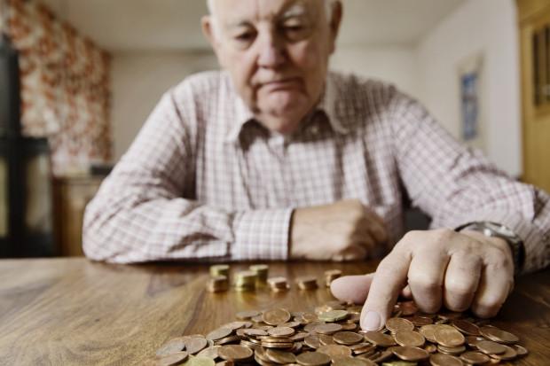 Na chwilę obecną wiek emerytalny dla mężczyzn urodzonych w okresie po dniu 30 września 1953 r. wynosi co najmniej 67 lat.
