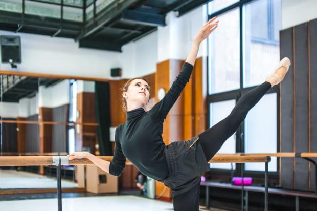 5c169948 Balet od kulis, czyli co balerina nosi w torbie Serwis Kultura