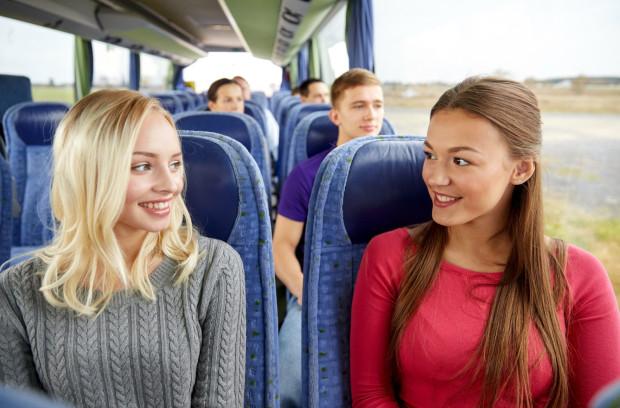 Nigdy nie wiadomo, kiedy trzeba będzie porozmawiać z nieznajomym. Długa podróż sprzyja nawiązywaniu kontaktu.