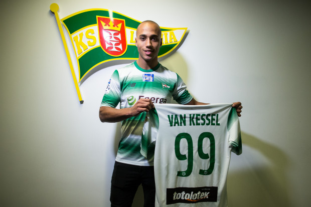 Gino van Kessel będzie grał w Lechii z numerem 99.