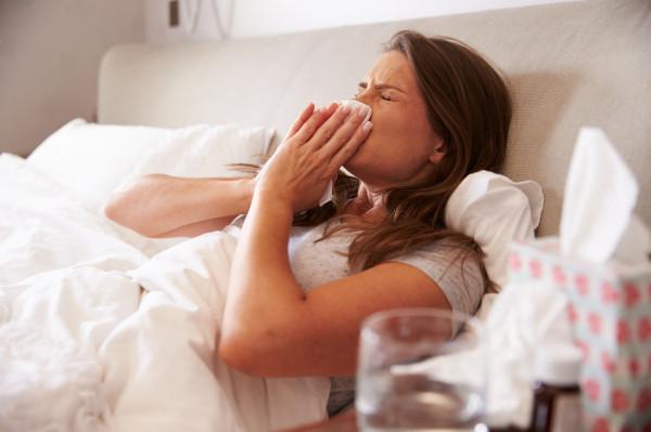 Wraz z początkiem roku, tradycyjnie, mamy do czynienia ze wzrostem zapadalności na grypę. W tym roku chorych jest jednak rekordowo dużo.