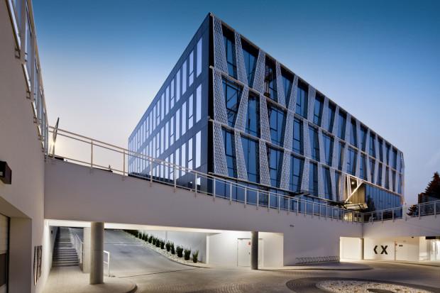 Budynek Tensor X przy ulicy Łużyckiej 8A został oddany do użytkowania w 2016 roku.