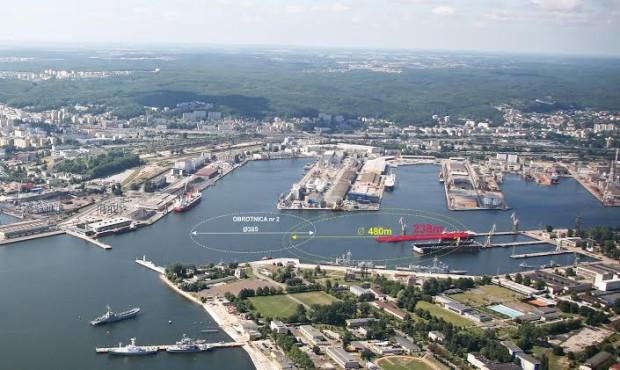 Dzięki obrotnicy poprawią się parametry manewrowe w porcie, czyli najprościej wyjaśniając, będą mogły zawijać do portu większe statki.