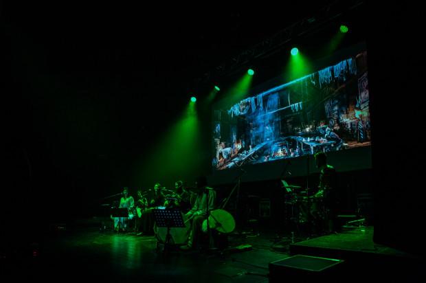 """Muzyce Percival towarzyszyły fragmenty zaczerpnięcie wprost z gry """"Wiedźmin 3: Dziki Gon""""."""