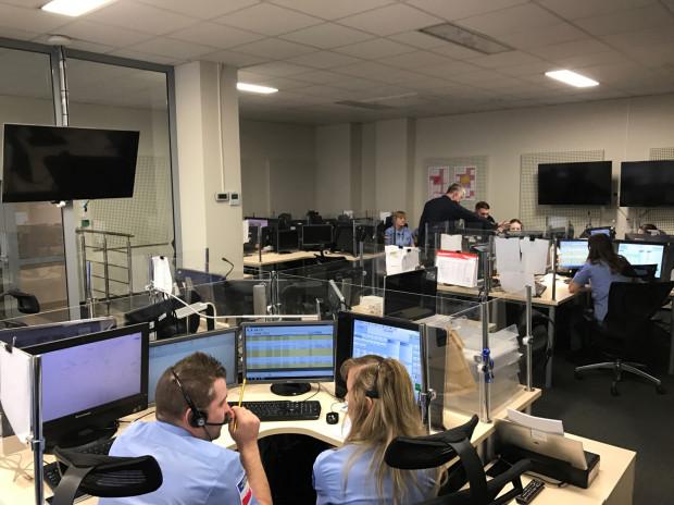 Każdego dnia w Wojewódzkim Centrum Powiadamiania Ratunkowego odbieranych jest 3500 telefonów, z czego około 80 proc. to telefony bezzasadne lub fałszywe.