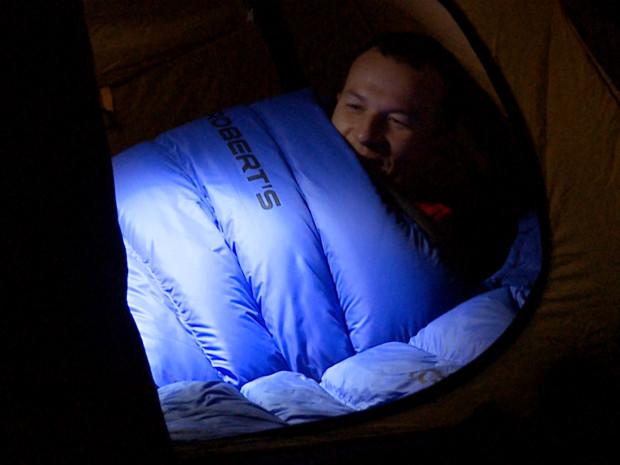 Ciepłe śpiwory puchowe zapewniają nam komfort spania