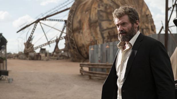 Podstarzały, przyprószony siwizną i zaniedbany Logan to niemal zupełnie inne oblicze Wolverine'a znanego z ostatnich 17 lat. To jednocześnie aktorskie pożegnanie z rolą Hugh Jackmana, aczkolwiek już pojawiają się plotki o ewentualnym powrocie i duecie z Deadpoolem.