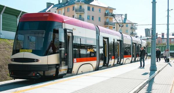 Patronem tego tramwaju jest Krzysztof Klenczon.
