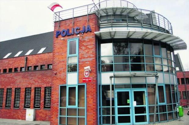 Budynek komendy sopockiej policji jest jednym z najnowocześniejszych w kraju. Został oddany do użytku w 2005 roku.