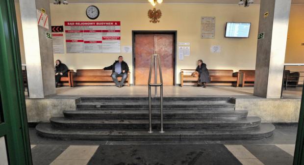 Dotacje otrzymało stowarzyszenie Zabytkowa Gdynia, dzięki czemu będzie możliwy remont posadzki w holu na parterze Sądu Rejonowego w Gdyni.