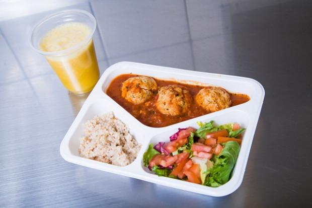 Dieta Z Pudelka Czyli Catering Dietetyczny Warto Sie Skusic