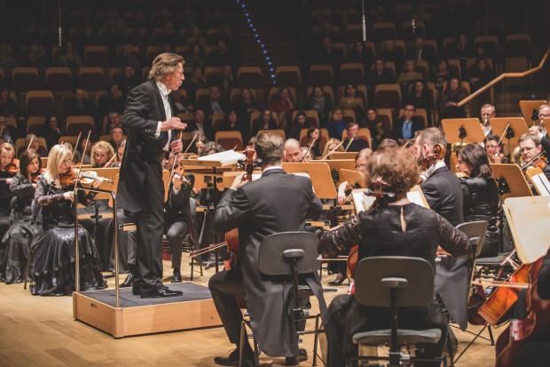 Ernst van Tiel poprowadził wykonanie V Symfonii Piotra Czajkowskiego.
