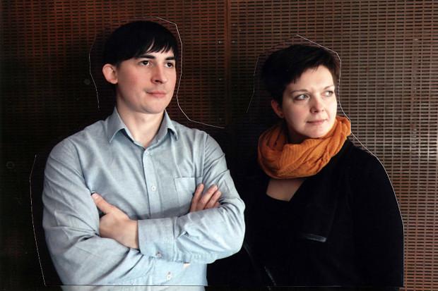 Jednym z muzycznych wydarzeń obchodów będzie koncert Pękala/Kardylasińska/Pękala (duet na zdjęciu) w Teatrze na Plaży 21 maja.