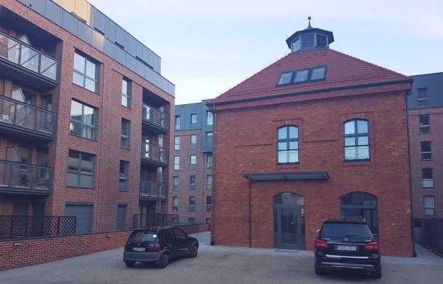 Browar Gdański jest póki co na trzecim miejscu. Budynki historyczne przeplatają się tu z nową zabudową.
