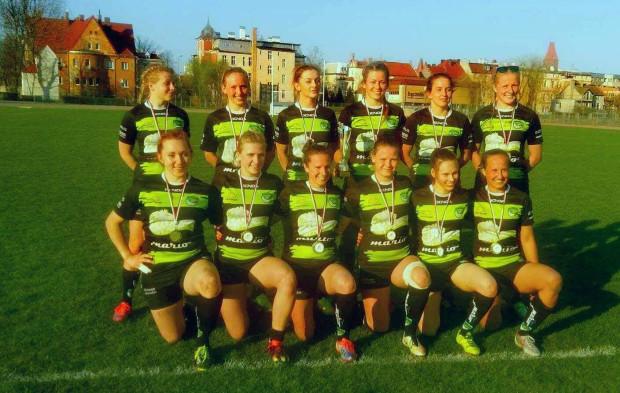 Rugbistki Biało-Zielone Ladies wygrały wszystkie turnieje sezonu 2016/17. Kolejne złote medale zapewne odbiorą w Gdańsku, gdyż tutaj w czerwcu odbędą się ósme, ostatnie zawody mistrzostw Polski.