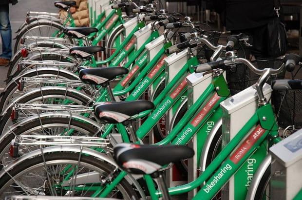 Większość systemów wypożyczania rowerów opiera się na stacjach dokowania. Nasz metropolitalny będzie nowocześniejszy.