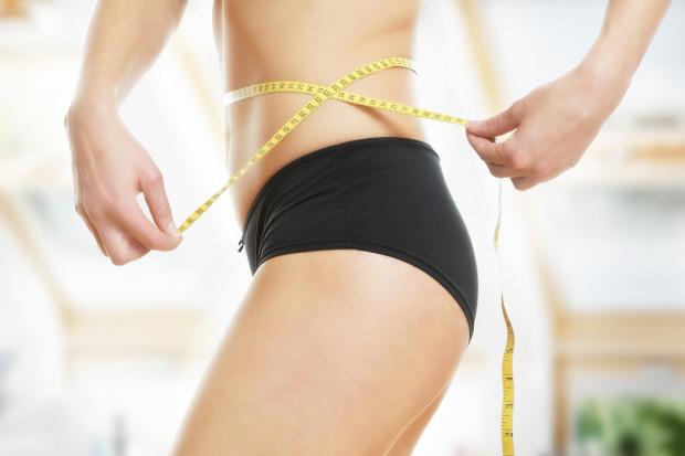 Jak pozbyć się nadmiaru skóry i poprawić jej wygląd po odchudzaniu lub ciąży? Gabinety kosmetyczne mają na to swoje sposoby.