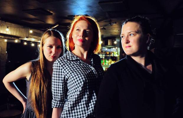 """Wśród """"nowych twarzy"""" Festiwalu """"Podaj Wiosło"""" zobaczymy dziewczyny z Hurtu Luster z Warszawy, które w sobotę w bloku od godz. 17 zaprezentują autorską długą formę."""