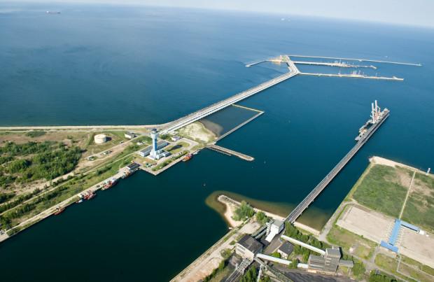 Dzięki inwestycji w rozbudowę Nabrzeża Północnego port w Gdańsku zyska ok. 900 m zupełnie nowego nabrzeża, które będzie gotowe do przyjmowania dużych jednostek.