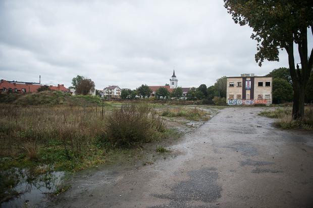 Tereny Gedanii od lat niszczeją. Teraz są własnością dewelopera, który zapewne zabiegał będzie o zmianę miejscowego planu zagospodarowania przestrzennego.