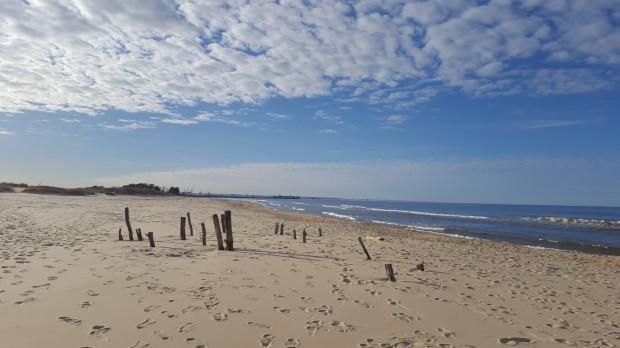 Wyspa słynie też z pięknych plaż.