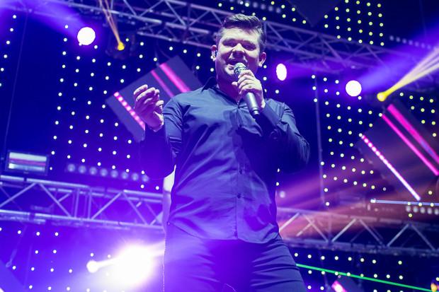 Zenon Martyniuk z zespołem Akcent będzie jedną z gwiazd Delfinaliów.