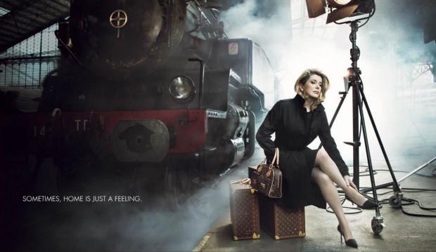 Marka Louis Vuitton uczyniła z legendy francuskiego kina, aktorki Catherine Deneuve, swoją ambasadorkę.